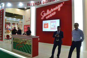 Застройка выставочного стенда Stolichnaya vodka. Столичная водка.